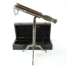Replica Antique Extending Telescope with Box