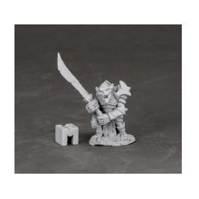 Reaper Miniatures Dark Heaven Legends 03849 Armoured Goblin Leader