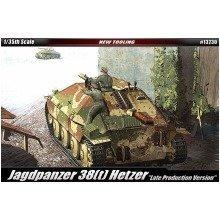 Aca13230 - Academy 1:35 - Jagdpanzer 38(t) Hetzer